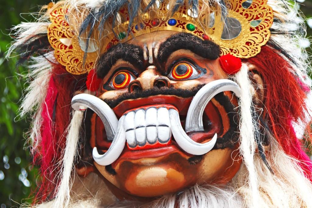 Démon Ogo Ogo během svátku Nyepi na Bali