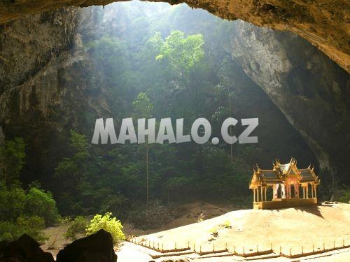 Khao Sam Roi Yot - jeskyně Phraya Nakhon