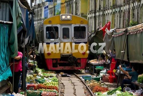 Trh na železnici