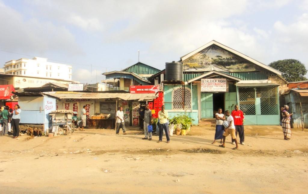 Chudinská čtvrť Mombasy se slumy