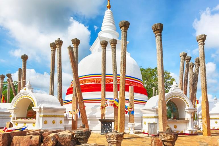 Dágoba Thuparamaya v Anuradhapuře