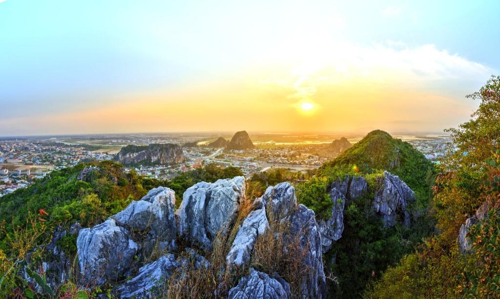 Mramorové hory u města Danang