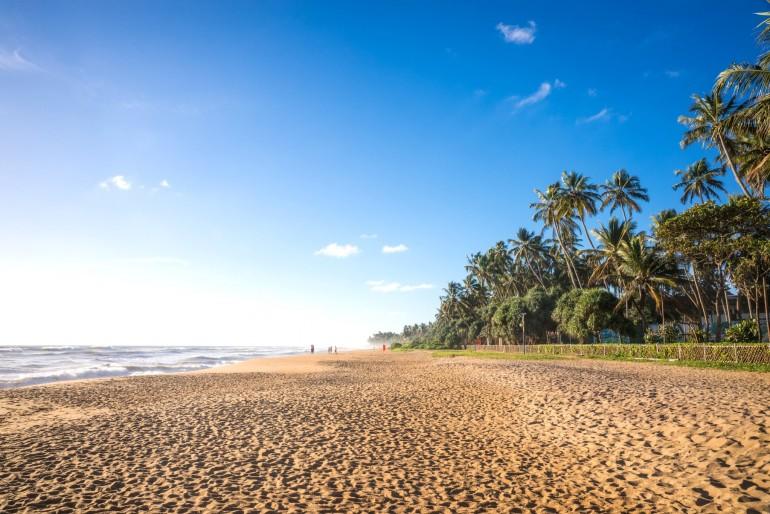 Pláž v letovisku Kalutara
