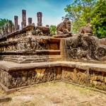 V areálu královského paláce města Polonnaruwa - poradní síň