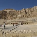 Chrám Dér el-Bahrí (nebo také Deir el Baharí)