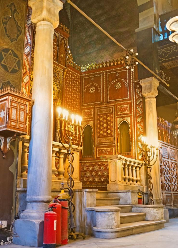Interiér synagogy Ben Ezra