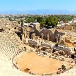 Antické divadlo v letovisku Side