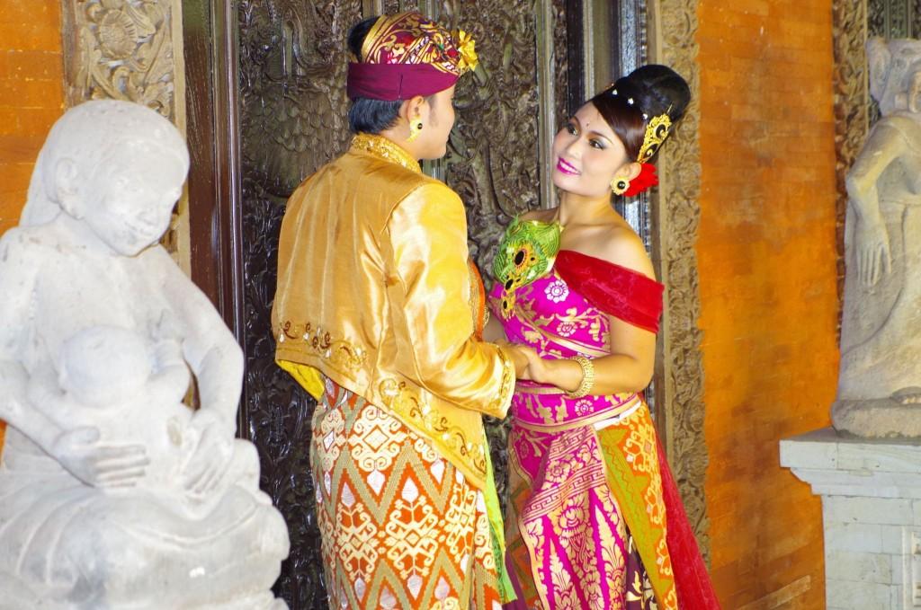 Balijská svatba v denpasarském muzeu