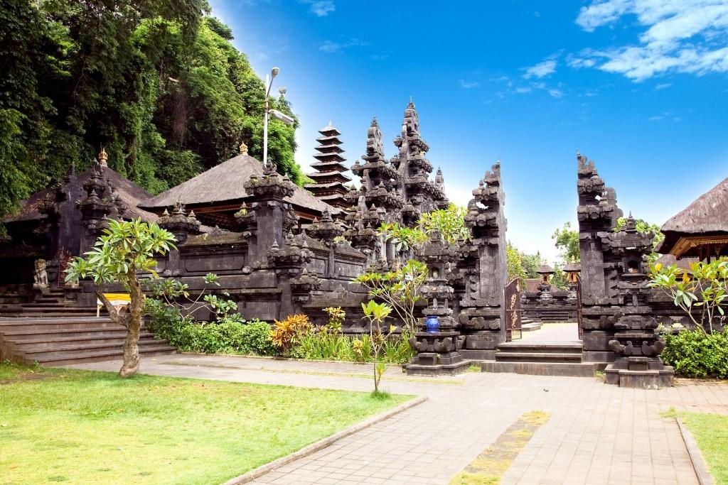 Goa Lawah (netopýří chrám)