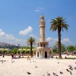 Náměstí Konak v Izmiru (Smyrně)