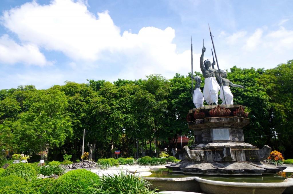 Náměstí Puputan v Denpasaru