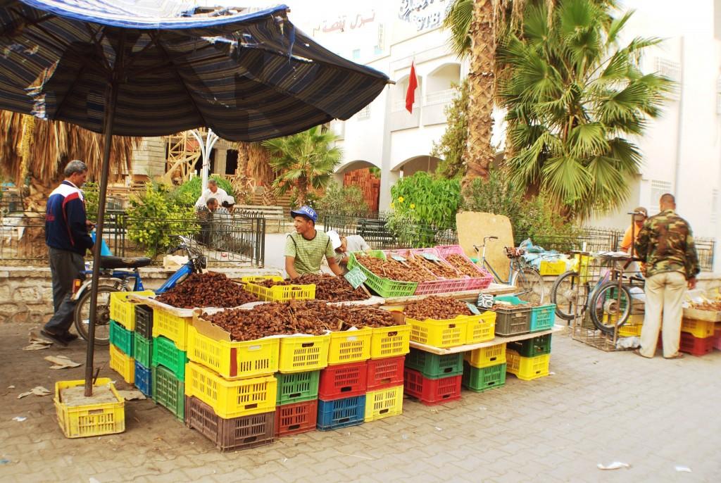 Trh v Douzu