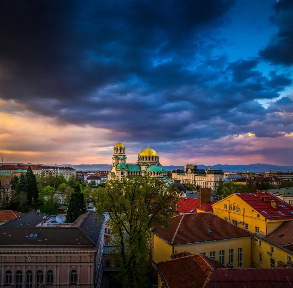 Západ slunce nad hlavním městem Bulharska