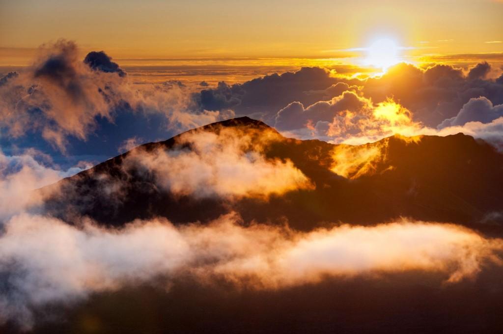 Východ slunce na vrcholu sopky Haleakala