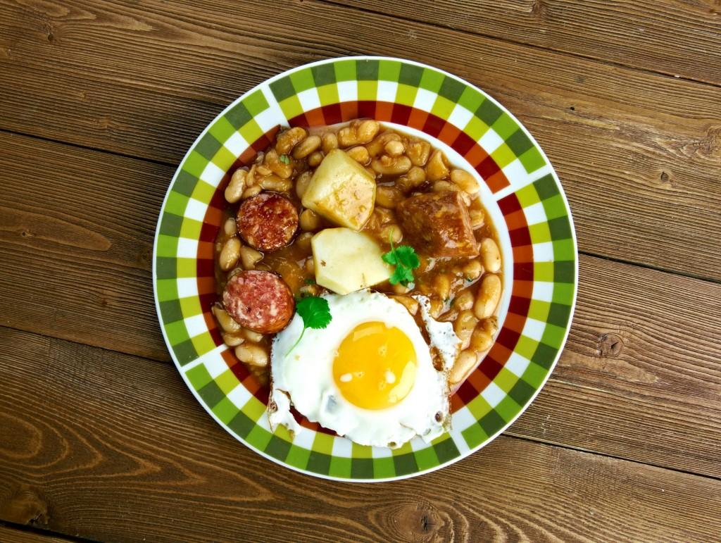 Národní jídlo Kapverdských ostrovů - cachupa