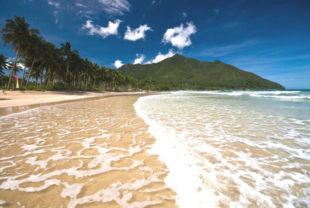 Pláž Sabang na ostrově Mindoro