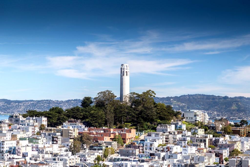Coit Tower nabízí nejkrásnější výhled na San Francisco downtown