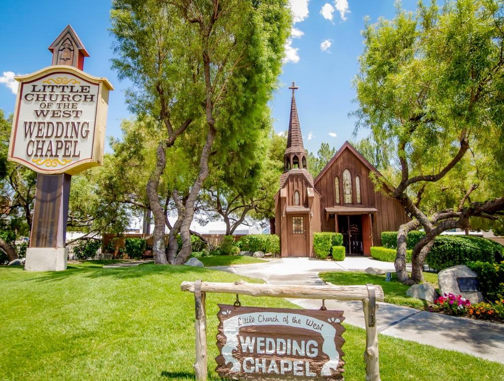 Little Church of the West Wedding Chapel v Las Vegas