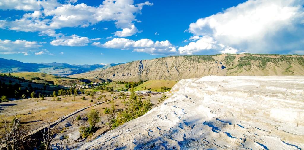 Mammoth Hot Springs v NP Yellowstone