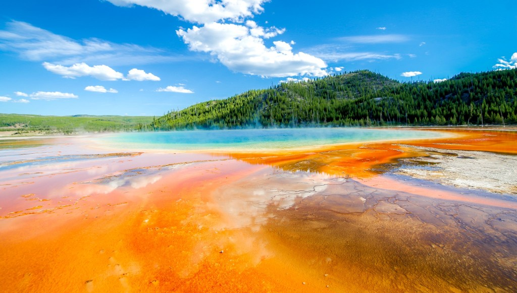 Národní park Yellowstone - Grand Prismatic Spring