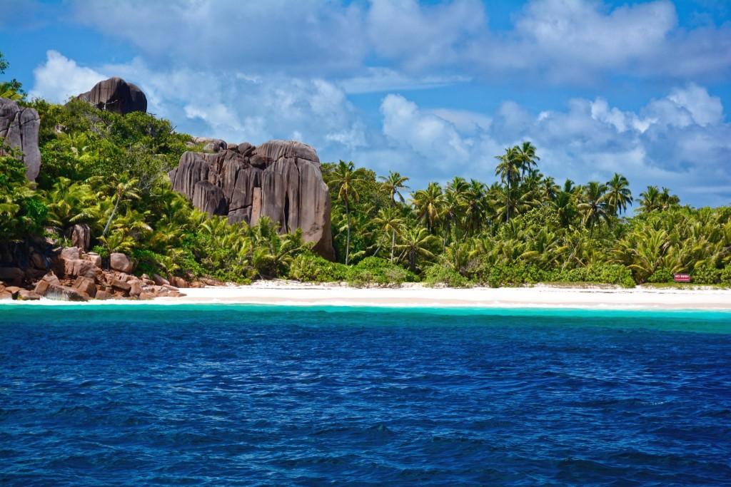 Pláž na ostrově Grand Soeur