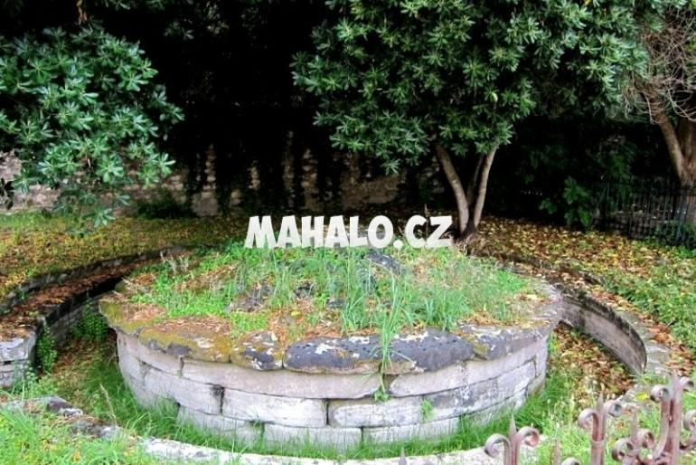 Kerkyra – Menékratova hrobka