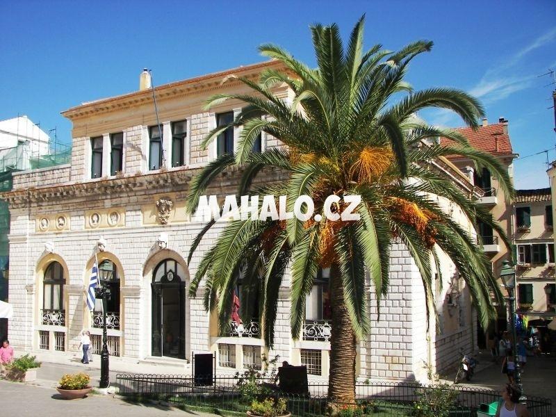 Městská radnice - benátská Loggia