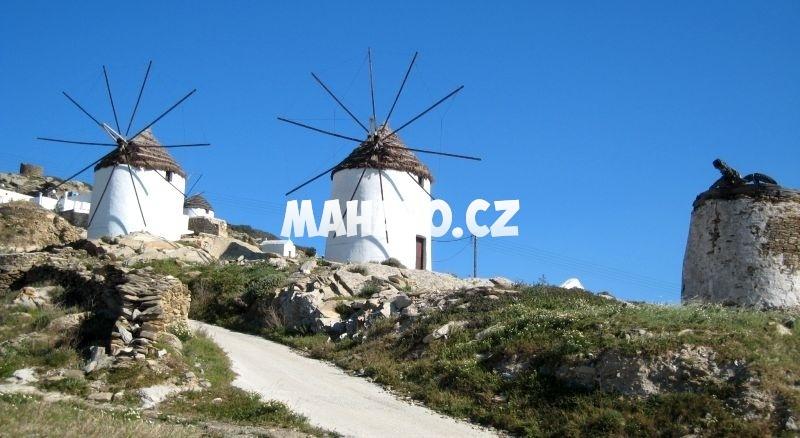 Větrné mlýny na ostrově Ios
