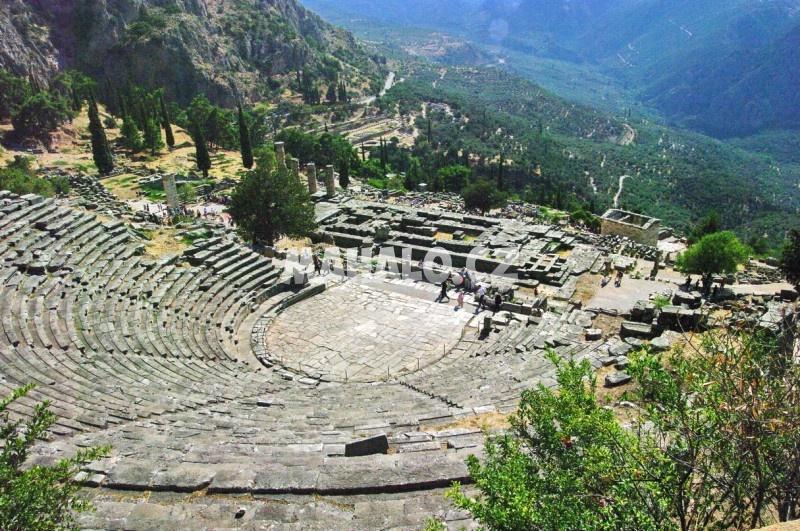 Antické divadlo v Delfách