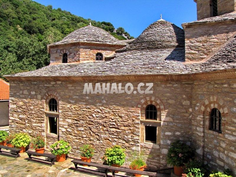 Krásný klášter Evangelistria