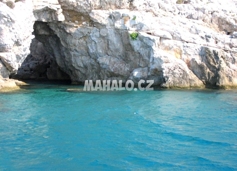 Mořská jeskyně Galazia Spilia