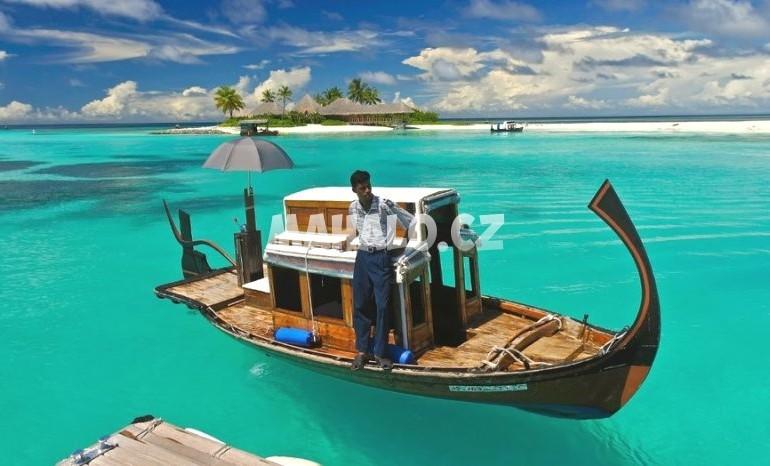 Silvestr na Maledivách