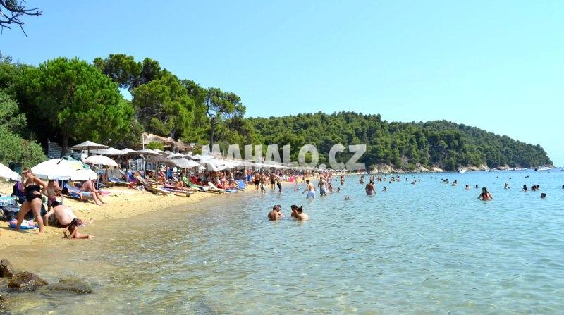 Pláž ve Vromolimnos