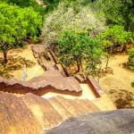 Schody a schody a další schody - výšlap na skálu Sigiriya