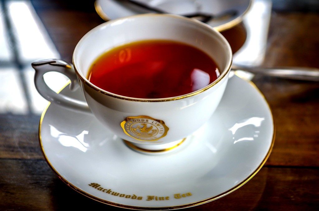 Vynikající cejlonský čaj přímo v restauraci čajové továrny Mackwoods