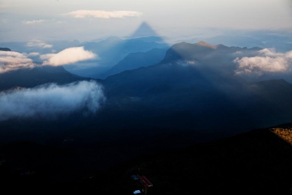 Stín Adamovy hory