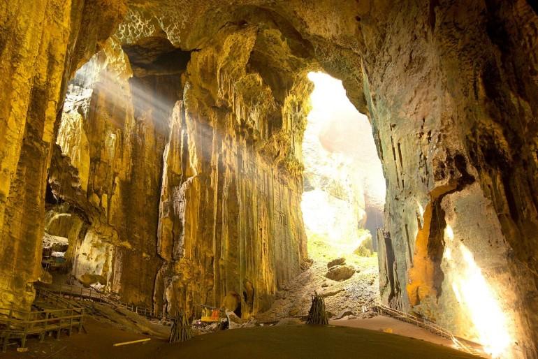Jeskyně Gomantong