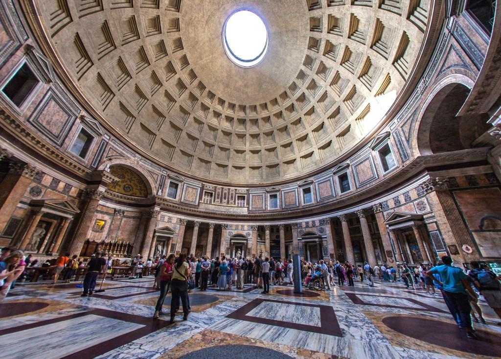 Pantheon se známou kopulí