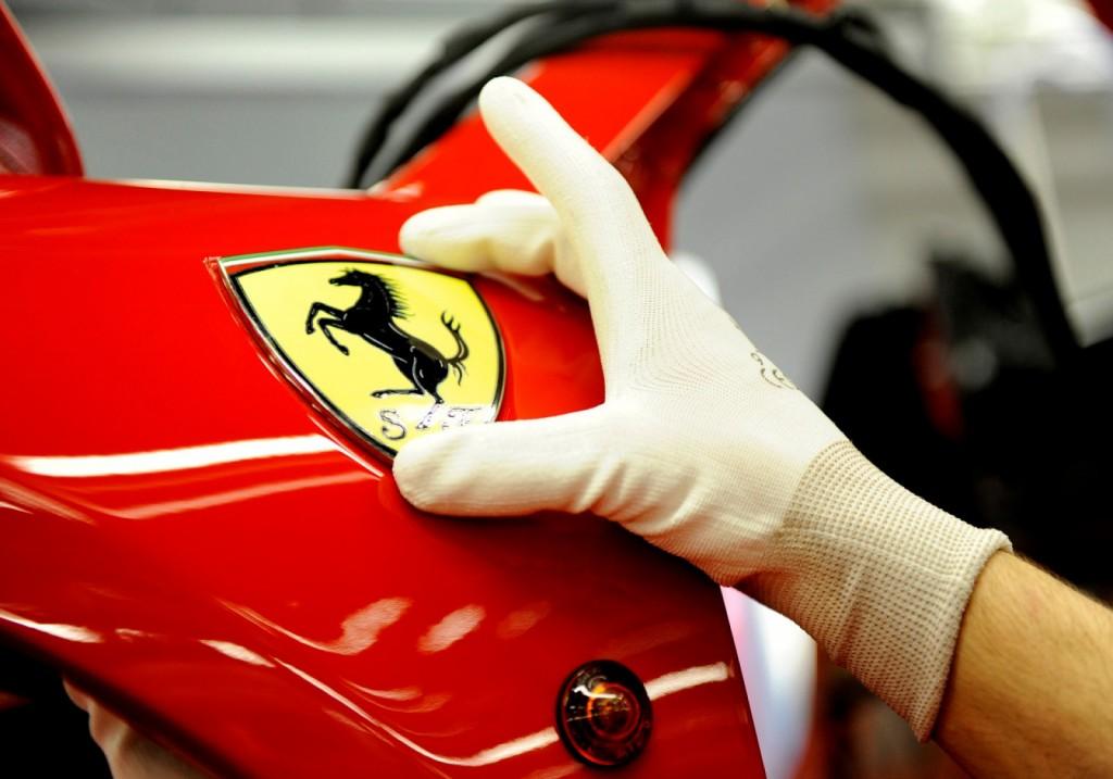 Továrna na vozy Ferrari se nachází právě v Emilia-Romagna