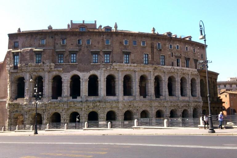 Marcellovo divadlo (Teatro di Marcello)