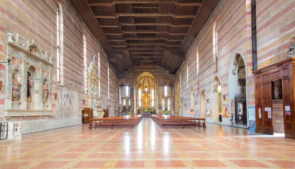 Interiér Chiesa degli Eremitani
