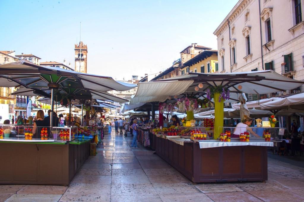 Tržiště na Piazza delle Erbe