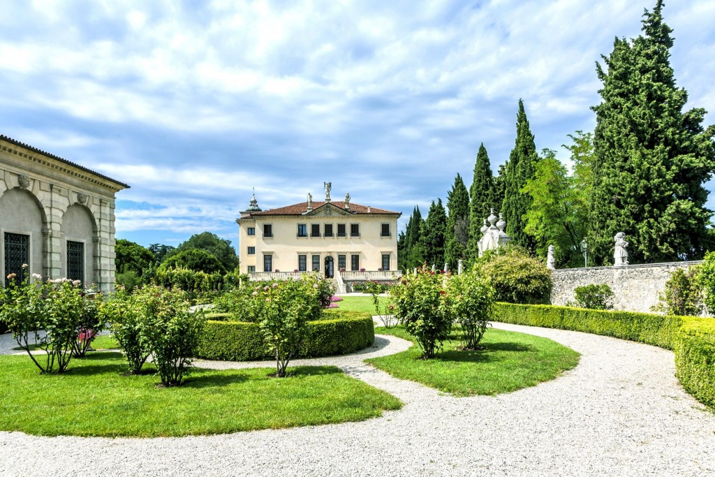 Villa Valmarana (Ai Nani)