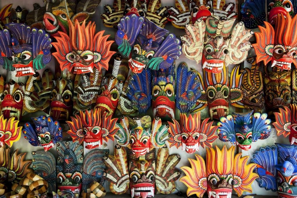 Tradiční srílanské masky démonů
