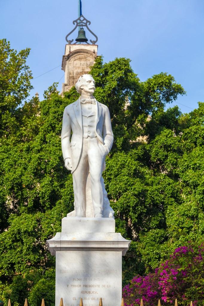 Carlos Manuel de Céspedes jako socha v Havaně