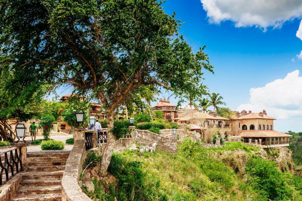 Historická vesnice Altos de Chavon