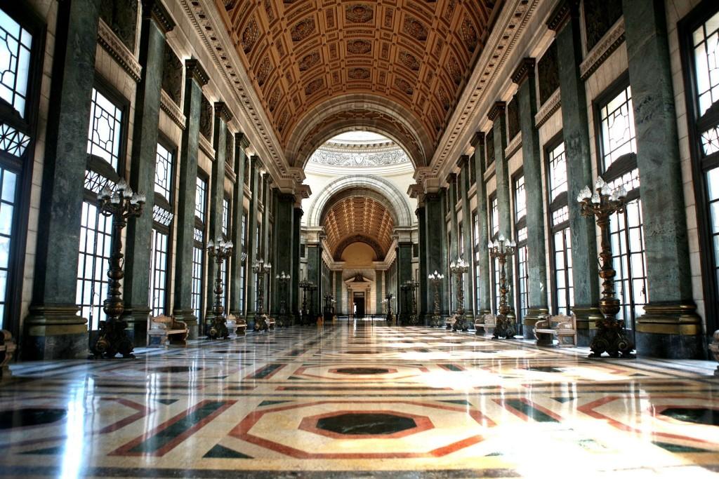 Salón de Pasos Perdidos v Capitolio Nacional