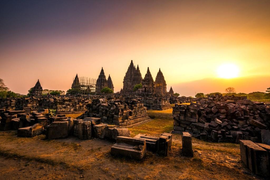 Prambanan v západu slunce