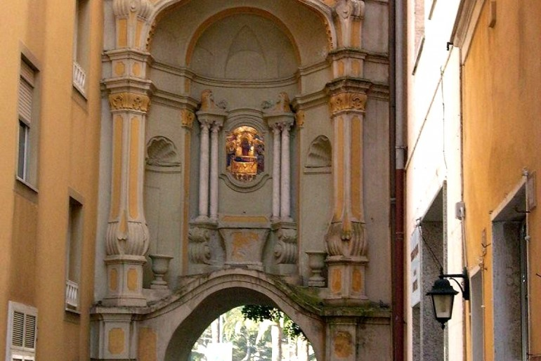 Porta delle Saline