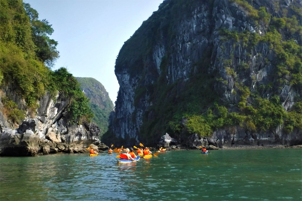 Na kajaku v Lan Ha Bay